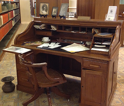Roll-top desk located in the Legislative Reference Library.